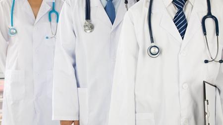 産科医の部長登場 診察後単一臍帯動脈になり不安・心配