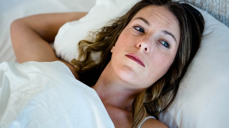 女性ホルモンの増加や変化で不眠に