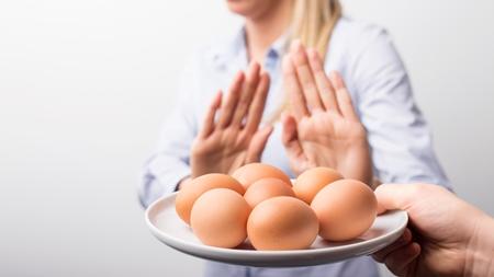 妊婦は生卵を食べるのを控える理由は