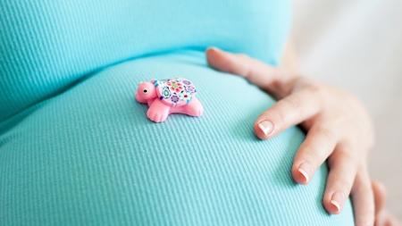 胎児のしゃっくりはいつまで続く?
