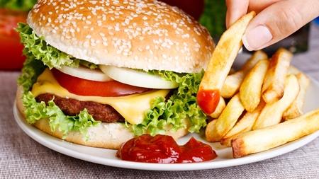 妊娠初期の食欲増加の対処法