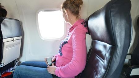 安定期に入っても飛行機に乗る時は体調と相談して!