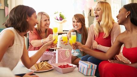 家族やごく親しい友人だけを招いて行う場合