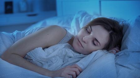 就寝前に部屋の環境を整えるを設ける