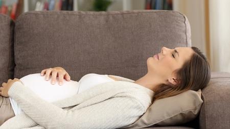 妊娠中期の注意すべき腹痛の原因