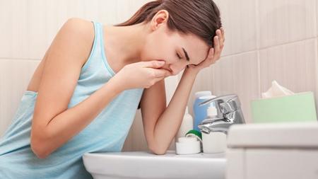 妊娠初期のつわりと妊娠中期の吐き気の違いとは?