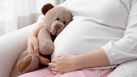 胎盤を枕にしていた我が子 胎盤は動かず35週で帝王切開