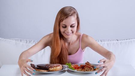 食べ過ぎ 食べつわりで太ってしまう?