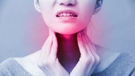 妊娠超初期~妊娠初期に現れる喉の痛みは何が原因?