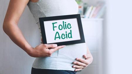妊娠超初期・妊娠初期に葉酸が必要な理由とは?
