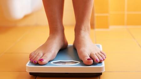 臨月の体重管理のポイントと注意点