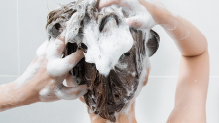 低刺激の石鹸・シャンプーを使う