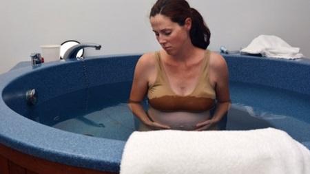 水中出産の注意点