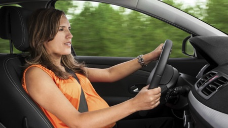 妊娠中の妊婦が車を運転する時に気をつけること!いつまでいいの?02