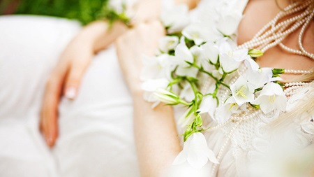結婚式をするなら安定期に
