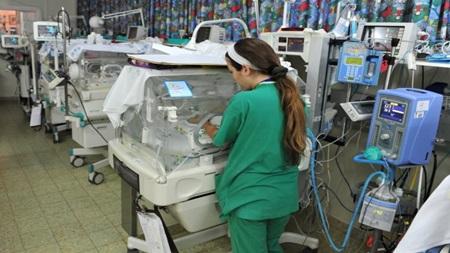生児特定集中治療室(NICU)とは?