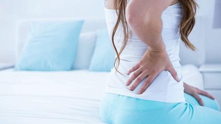 腰の痛みに注意が必要