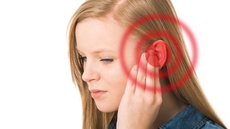 耳の不快感が出る場合も