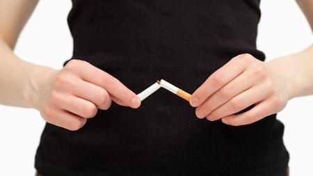 タバコはできればやめよう
