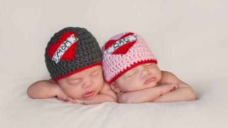 双子や三つ子を妊娠する夢