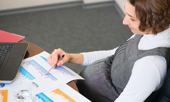 会社への妊娠の報告の仕方・タイミングについて