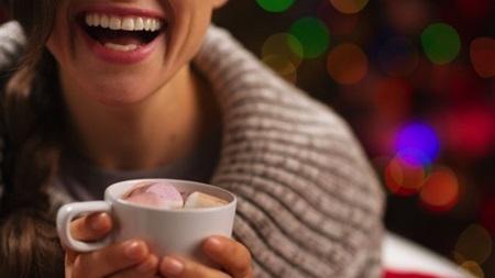飲み物は温かいもので身体を温めて