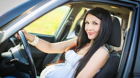 妊婦が運転する車の事故は4割増し
